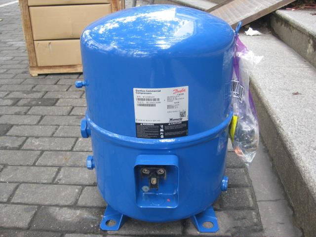 Danfoss Piston Refrigeration Compressor MT160-4VM / MTZ160-4VM R22/R407C/R134a 400V/50Hz